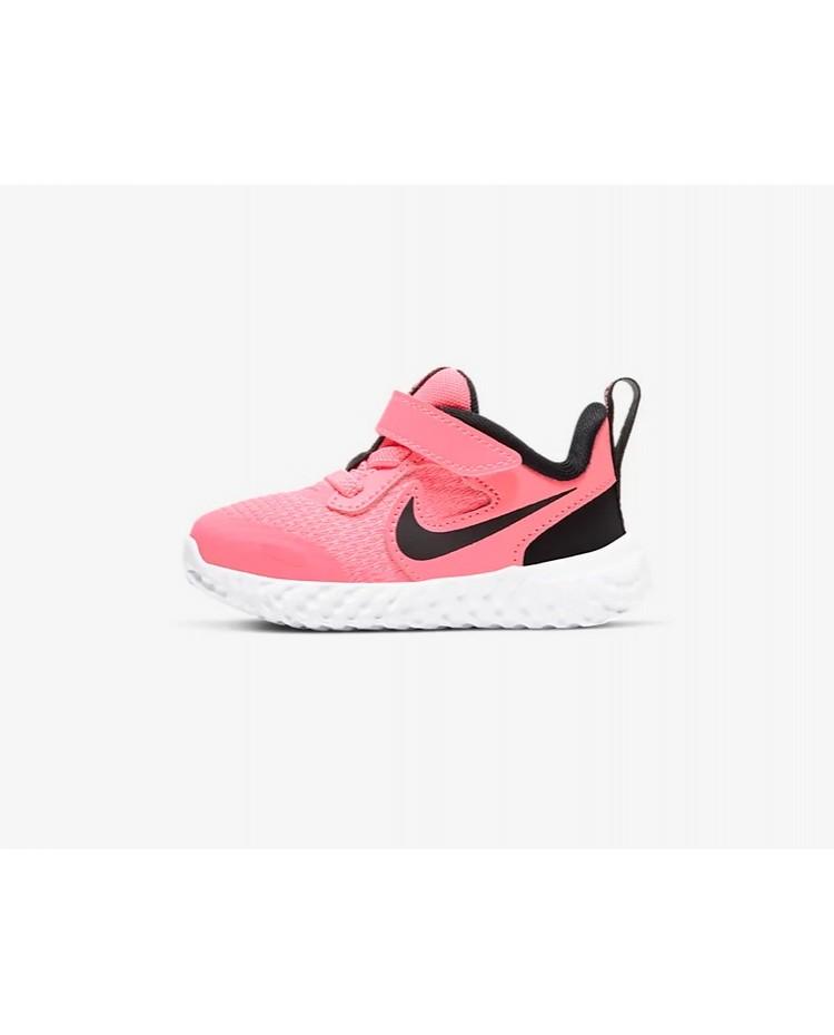 Sapatilhas Nike Revolution 5 TD