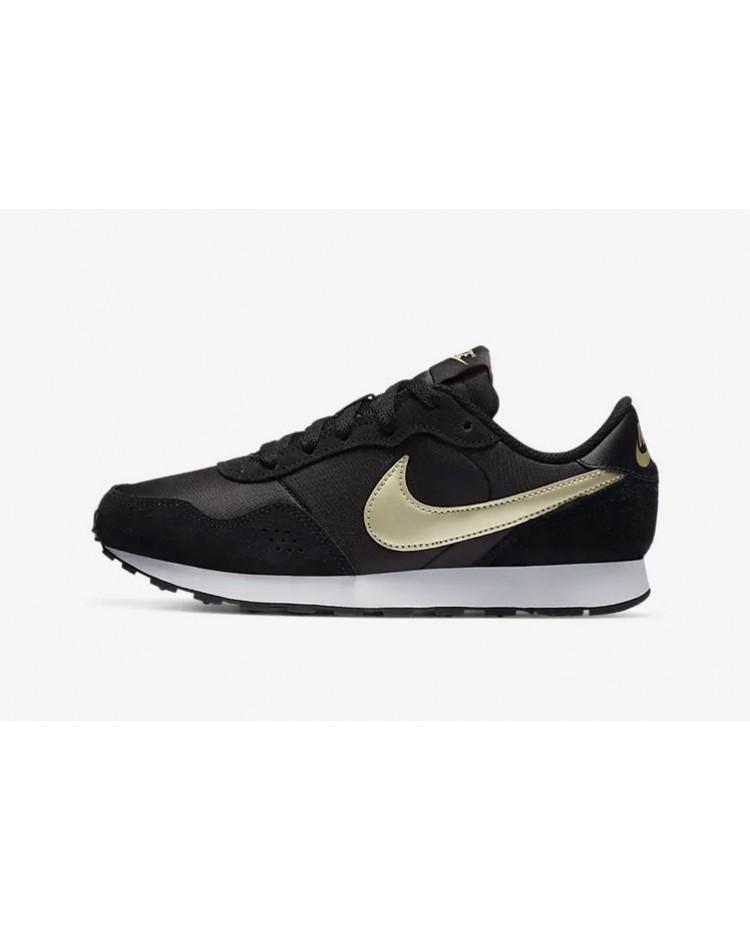 Sapatilhas Nike MD Valiant