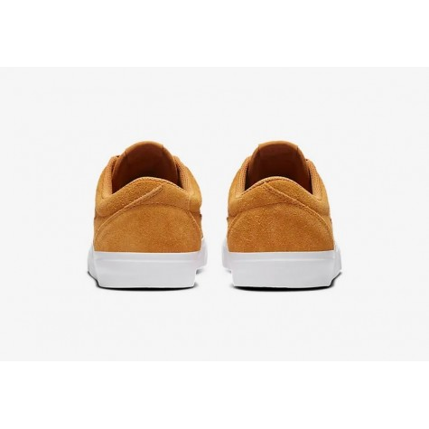 Sapatilhas Nike SB Charge Suede
